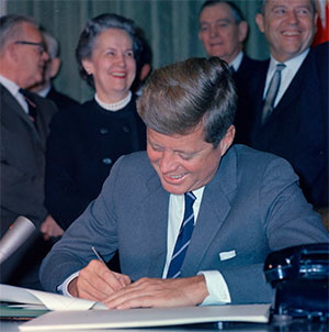 Bill signing - S. 1576, Mental Retardation Facilities and Community Mental Health Center Construction Act, 10:00AM - President Kennedy, 1963 October 31